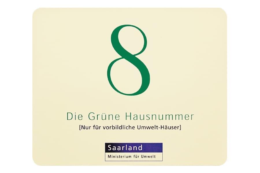 """kohlpharma wurde mit der """"Grünen Hausnummer"""" für umweltfreundliche Bauweise ausgezeichnet"""
